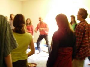 Spirit Alive: Atmung, Bewegung und Stimme in Action